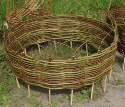 Плетень круглая