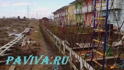 Забор из ивы между соседями