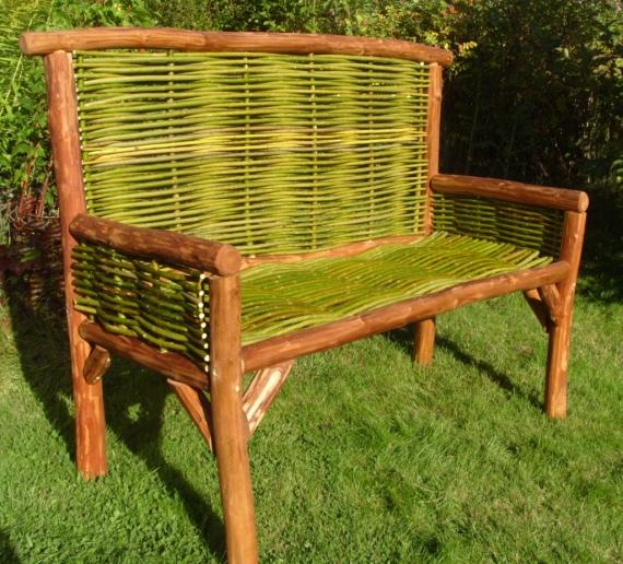 скамейка из ивы