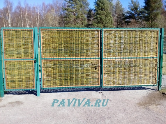 Плетёный забор для дачи